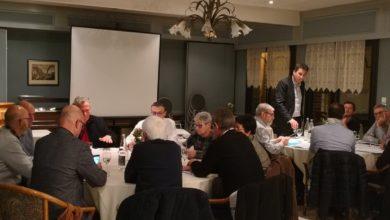 Photo de 3è rencontre entre les maires et l'équipe parlementaire